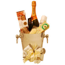 Wedding Gift Basket Wedding Gifts Baskets Tasteful Treats