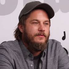 what is going on with travis fimmels hair in vikings 215 best travis fimmel images on pinterest gray wolf hot boys