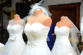 wedding dress stores how to buy a cheap wedding dress without getting ripped