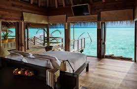 chambre sur pilotis maldives la réserve privée gili lankanfushi maldives luxe passions