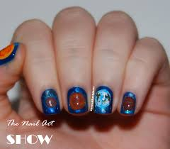 the nail art show just a 19 year old that loves painting