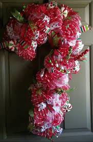 best 25 candy cane wreath ideas on pinterest candy cane candy