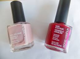 review swatches 9 best valentine u0027s day nail polishes red pink
