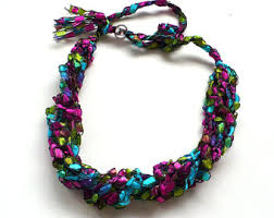 trellis ladder yarn necklace instructions ribbon necklace etsy