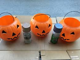 plastic pumpkins plastic pumpkin planters crafty morning