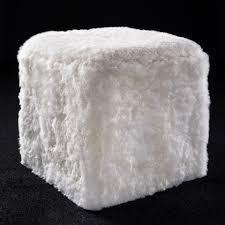 pouf en peau de vache banquette pouf sur mesure en peau de vache mouton norki décoration
