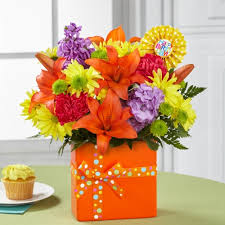 flowers birthday ftd set to celebrate birthday flowers ital florist