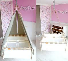 coin bébé dans chambre parentale amenager un coin bebe dans la chambre des parents bebe dans chambre