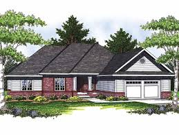 ranch with tandem garage hwbdo13306 ranch from builderhouseplans com