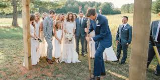 southern wedding traditions wedding customs you ll find in the south