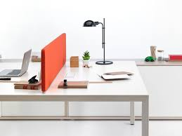 prisma office desks with a design inspired by a nordic style