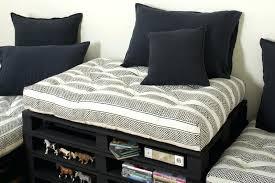 gros coussins canapé coussin pour canape noir coussins tissu pompadour noir gris coussin