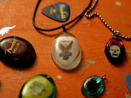 resin necklace designs images How to make resin jewelry diy jpeg