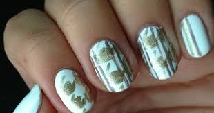 it u0027s because i think too much white u0026 gold houndstooth nail art