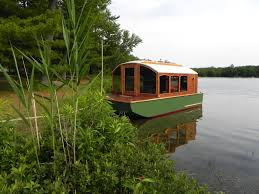 dianne u0027s rose u2013 micro houseboat