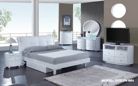 White Painted Bedroom Furniture Master Bedroom Furnishings Set Using White Vanities And Mirrored