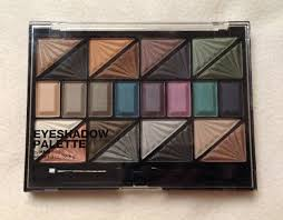 today i will share with you guys my experience with the h m eye shadow palette my first experience with h m make up actually was their blushers
