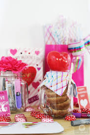 Diy Valentines Day Gift Guide For Friends Family Diy S Day Gifts In Jar Live Colorful