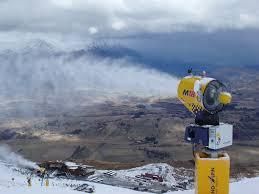 snow machine how do snow machines work how it works magazine