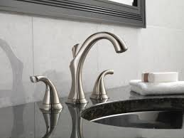 Delta Victorian Bathroom Faucet by Faucet Com 3592lf Ss In Brilliance Stainless By Delta