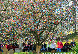 german easter egg tree 10000 easter egg trees happy easter 2018