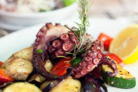 how to cook octopus so that it stays tender