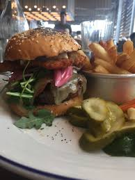 lulu s bar boston burger blog island creek oyster bar