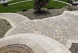 Patios With Pavers Paving Circle Kits Are Great For Paving Patios With A Unique Pattern