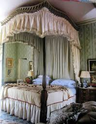 poster bed canopy curtains 121 best four poster beds images on pinterest bedrooms bedroom