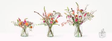 flower subscription bloomon the gorgeous flower subscription service dtc brands can