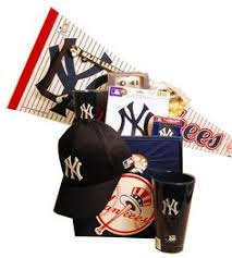 Nyc Gift Baskets New York Yankees Christmas Gift Basket Gifts For New York