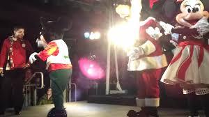 san francisco tree lighting 2017 disney characters at the pier 39 tree lighting celebration in san