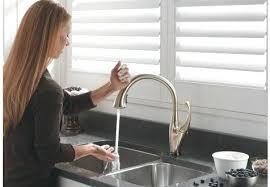 no touch kitchen faucet touch faucet kitchen delta kitchen faucet delta touch kitchen