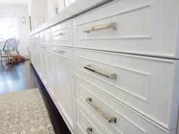 Glass Kitchen Cabinet Knobs White Oak Wood Red Amesbury Door Farmhouse Kitchen Cabinet