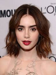 short loose wave hairstyle 64 sexy hairstyles for short wavy hair