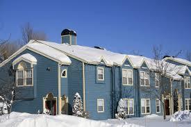 chambres bleues chambres bleues neige l hiver image stock image du caillebotis