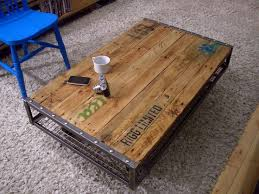 Diy Wood Pallet Coffee Table by 64 Best Diy Tables Images On Pinterest Home Diy Table And Kitchen