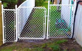fence cost per foot three rails of good substantial material