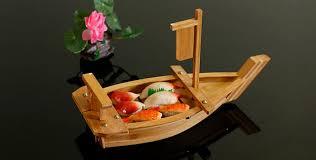 cuisine bateau japonais cuisine sushi bateaux sushi outils bambou à la de luxe