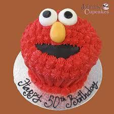 elmo cupcakes cupcake elmo johnnie cupcakes