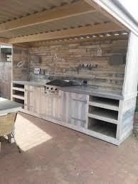 cuisine d été en bois 15 idées d aménagement de cuisine d été habitatpresto