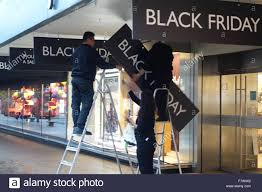 black friday sale stores london uk 27th november 2015 installers put up black friday
