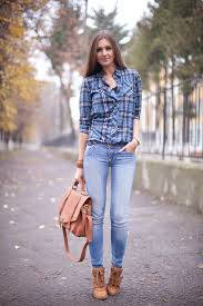 different ways to style your plaid shirt for casual wear