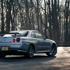 nissan godzilla wallpaper nissan r34 skyline gt r vs r35 gt r downloadable image gallery part 2