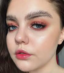 How To Trim Eyebrows Feather Eyebrows Are The Latest Polarizing Trend On Instagram