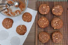 hervé cuisine cookies comment réussir des cookies moelleux au chocolat noisette la