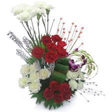 how to send flowers to someone send flowers to noida online flowers delivery in noida buy