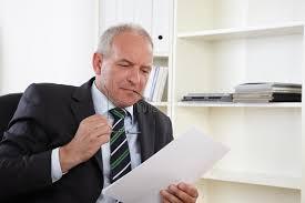 affaires de bureau vieil homme d affaires dans le bureau photo stock image du