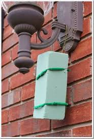 brick clips for christmas lights hang christmas lights w out nails or staples pinhooks college