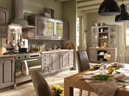 relooker cuisine bois idée relooking cuisine la cuisine esprit cagne nous charme